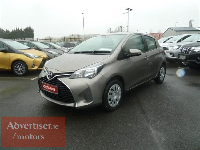TOYOTA YARIS 1.0I PETROL LUNA EDITION - REAR CAMERA/BLUETOOTH - EUR 180 TAX // FRONT ELECTRIC WINDOW, Cars For Sale