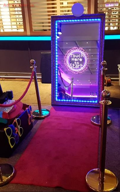 SELFIE MIRROR AND PHOTOBOOTH HIRE, Weddings